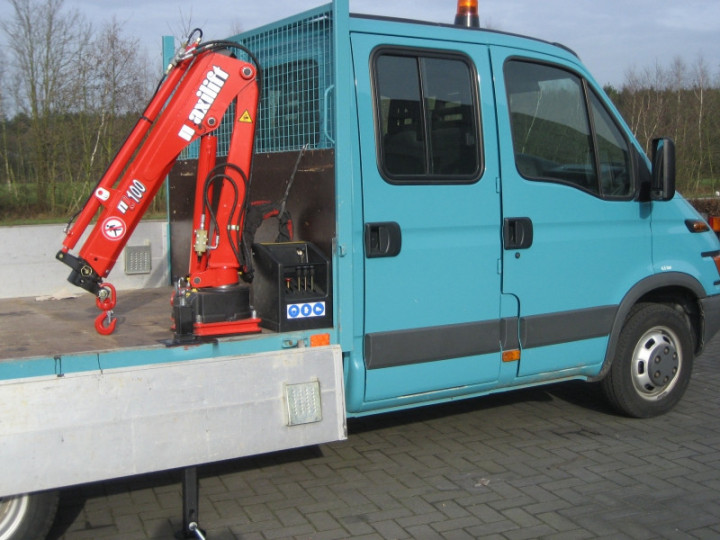 Maxilift 100 1 loader crane on IVECO in Beerse › Jan Noyens